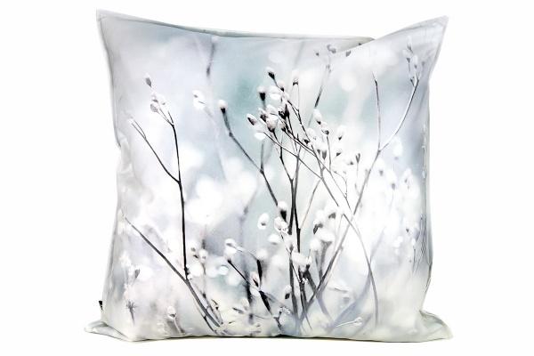 Kissenhülle Icefield, Druck verschneite Äste / Weidenkätzchen, Größe 50x50 cm, 100% Baumwolle